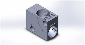 Приспособление (струбцина) для фиксации отвода Ø42.4 в тисках ленточнопильного станка